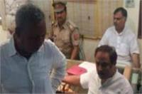 वाराणसी: सीताराम ज्वैलर्स में दिनदहाड़े डकैती, 10 करोड़ का माल लूटकर फरार हुए बदमाश