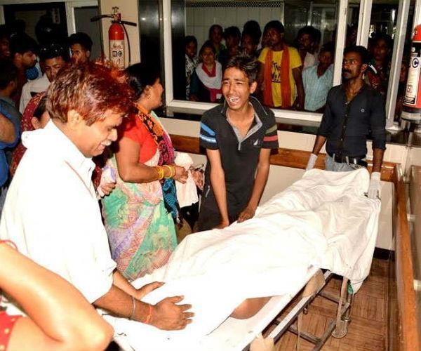 2 दोस्तों को बचाने के चक्कर में खुद भी डूबा, तीनों की दर्दनाक मौत