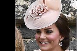 रॉयल शादी में छाया Hats का फैशन