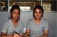 वाराणसी की इन छात्रों की ये कोशिश कर सकती है किसानों की चिंता दूर!