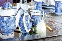 इंटीरियर का खास हिस्सा है रॉयली Tea Set