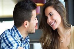 इन आसान तरीकों को अपनाकर रिश्ते में लाएं मजबूती