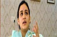 सपा में फिर घमासान: शिवपाल के बाद अपर्णा ने की अखिलेश से अध्यक्ष पद छोडऩे की मांग