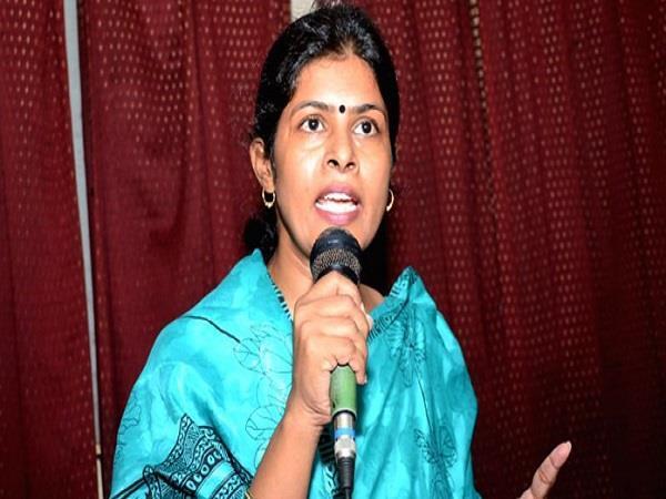 मायावती-नसीमुद्दीन के झगड़े में स्वाति सिंह का बड़ा बयान, कहा- दोनों ने एक-दूसरे का किया शोषण