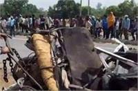 यूपी: रोडवेज बस और ओमनी वैन में भीषण टक्कर, 4 की मौत