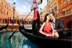 Honeymoon के लिए दुनिया भर के लोग चुनते हैं ये जगहें