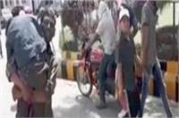 बेटे का शव कंधे पर उठाने को मजबूर हुआ पिता, NHRC का यूपी सरकार को नोटिस