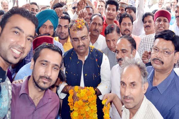 हिमाचल में कांग्रेस नहीं छू पाएगी दहाई का आंकड़ा : मंगल पांडेय