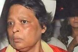एेसी दिखती है शाहरुख की बहन, पिता की डेड बॉडी देखते ही चली गई थीं डिप्रेशन में