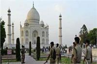 ताजमहल की सुरक्षा में 24 घंटे तैनात सुरक्षाकर्मी, 7 महीने से नहीं मिली सैलरी