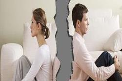 इन 8 कारणों से आ जाती है तलाक लेने की नौबत