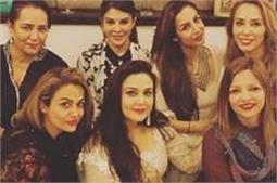 ईद पर बॉलीवुड सितारों का दिखा Desi Swag