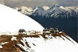 भारत की ये 5 खूबसूरत जगहें, जहां गर्मी में भी लें ठंड का नजारा