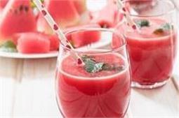 आपके शरीर को ठंडक देगी ये watermelon smoothie
