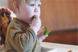 बच्चों को बीमारियों से दूर रखती है पालक