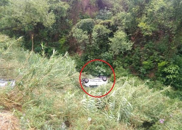 Watch Pics: भाजपा प्रदेशाध्यक्ष सत्ती के भतीजे के साथ भयानक हादसा, खाई में गिरी कार
