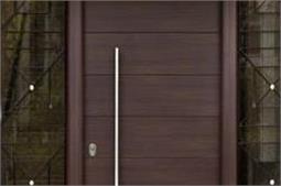 Designer Door से घर को बनाएं अट्रैक्टिव