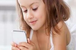 बच्चों को नुकसान पहुंचा रहा है स्मार्टफोन