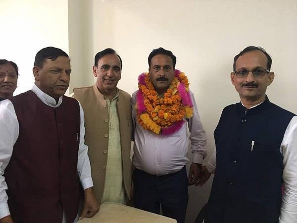 Shimla MC Election: कांग्रेस के गढ़ में सेंध, एक और आजाद भाजपा के साथ