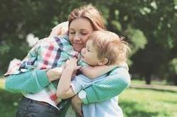 Single Parent हैं तो इस तरह रखें बच्चे का ख्याल