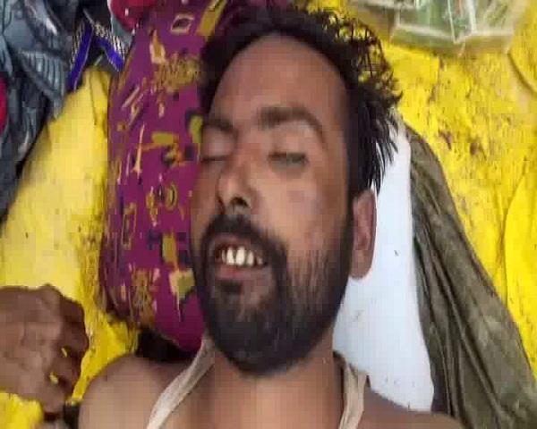 प्रेमी के साथ मिलकर की पति की हत्या, लाश ससुराल में छोड़कर हुई फरार