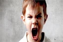 आपका बच्चा भी है अड़ियल और चिड़चिड़ा, जान लें इसकी 6 वजहें