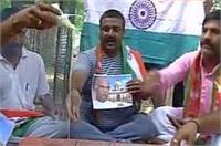 वाराणसी: राष्ट्रपति चुनाव में कोविंद की जीत के लिए BJP समर्थकों ने किया हवन