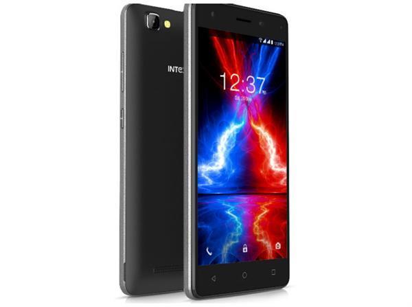 नए एड्रॉयड 7ओएस प्लेटफार्म पर काम करता है intex aqua s3 स्मार्टफोन