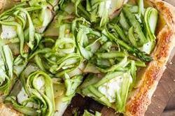 टेस्टी Potato Tart With Asparagus का लें मजा