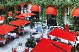 ये हैं विदेश के सबसे महंगे होटल्स, देनी होगी इतनी बड़ी रकम