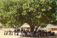 बागपत में पंचायत का अनोखा फैसला, कहा- मृत्यु भोज में शामिल नहीं होंगे ग्रामीण