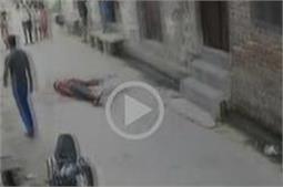 हैवानियतः बड़े भाई ने 9 बार चाकूओं से गोदकर छोटे भाई को उतारा मौत के घाट