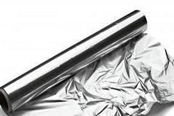 पैकिंग के अलावा इन कामों में भी मददगार है एल्यूमीनियम फॉयल