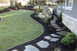 पौधों से ही नहीं, इस तरीके से भी बनाएं गार्डन को अट्रैक्टिव