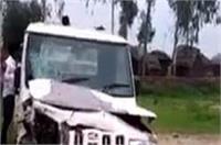 तेज रफ्तार का कहरः वैन की टक्कर से बाइकसवार 2 सगे भाईयों की हुई मौत, 1 घायल
