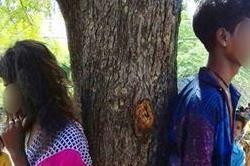 प्यार की खौफनाक सजा, 4 घंटे तक प्रेमी जोड़े को पेड़ से बांधकर पीटा!