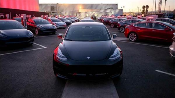 लांच हुई टेस्ला मॉडल 3 कार, जानें फीचर्स