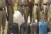 बस्ती में 220 लीटर कच्ची शराब बरामद, सात गिरफ्तार