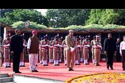 स्वतंत्रता दिवस : बदनौर ने नहीं की कोई नई घोषणा, सिर्फ गिनाईं पुरानी उपलब्धियां