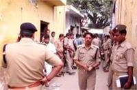 अवैध तमंचा ''फैक्ट्रियों'' पर पुलिस का छापा, हत्थे चढ़े कई संदिग्ध