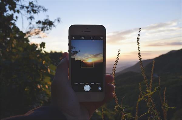 DSLR को  टक्कर दे सकते हैँ ये बेस्ट कैमरे वाले स्मार्टफोन्स