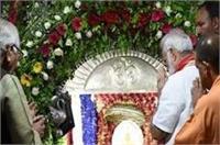 वाराणसी में PM मोदी ने की विशेष पूजा, जानिए क्या मांगा मां दुर्गा से
