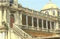 यूपी में भूमाफियाओं के हौंसले बुलंद, महल तक बेच डाला