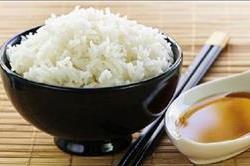क्या आप भी खाते है ज्यादा चावल? झेलने पड़ेंगे ये नुकसान