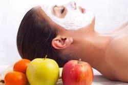 सांवलापन और बेजान त्वचा को दूर करता है Apple Face Mask