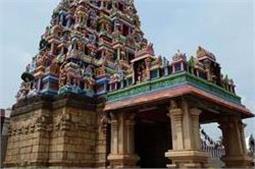 भारत के 5 मशहूर धार्मिक स्थल, जहां महिलाओं की है नो एंट्री
