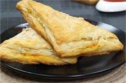 जानिए घर पर कैसे बनाएं स्वादिष्ट पनीर पफ पेस्ट्री