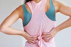 डिलीवरी के बाद हो रही Back Pain को इस तरह से करें कम