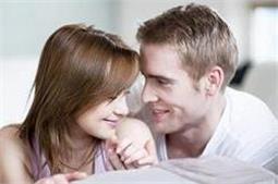 शादी के बाद साथ नहीं बिता पाते सुकून के पल, ताे इन तरीकों से निकालें वक्त!