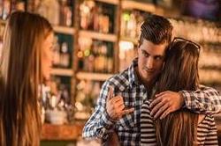 आखिर मर्द क्यों रखते हैं शादी के बाद एक्सट्रा Affair ?